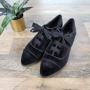 Nine West Black Velvet Point Toe Oxford Shoes